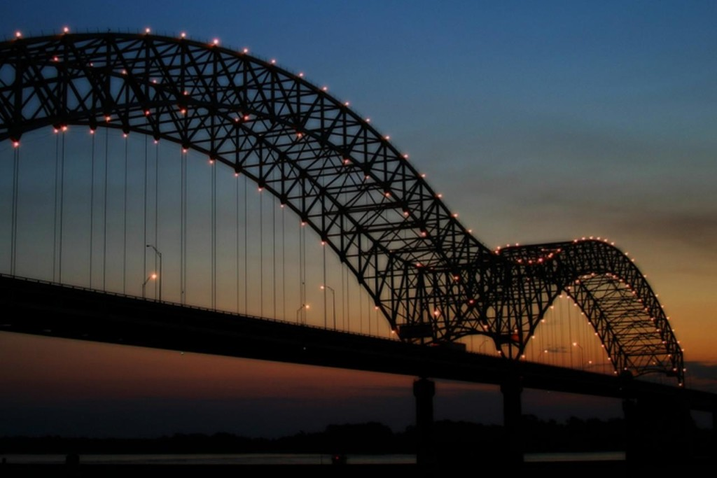 memphis_bridge_at_sunset1.jpeg