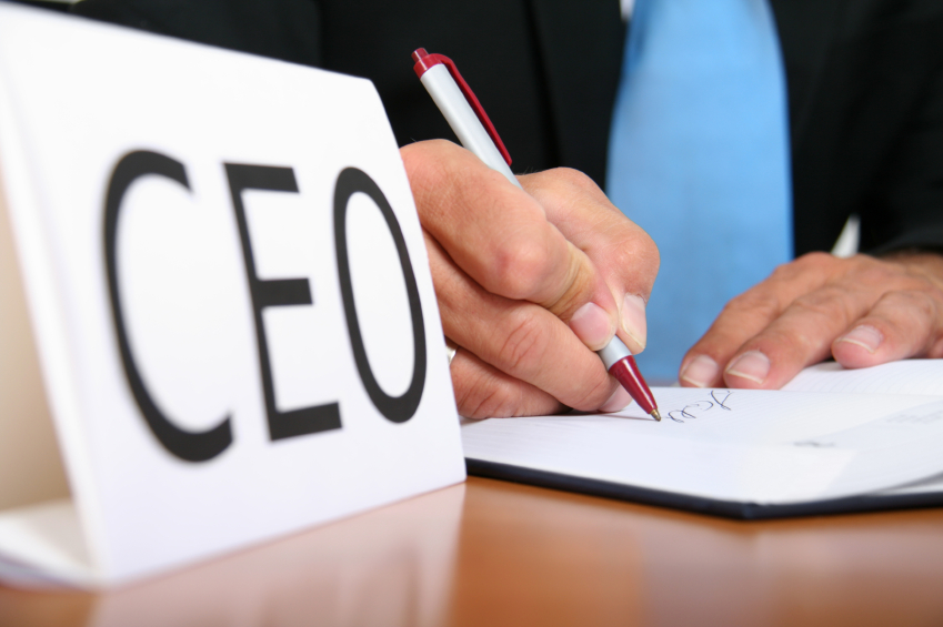 CEO-signing-contract1